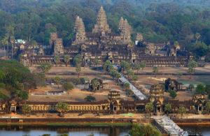На воздушном шаре над Ангкор Ватом